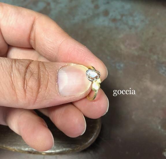 スライスカットダイヤの石枠の爪