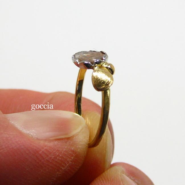 スライスダイヤモンドのリング・横から