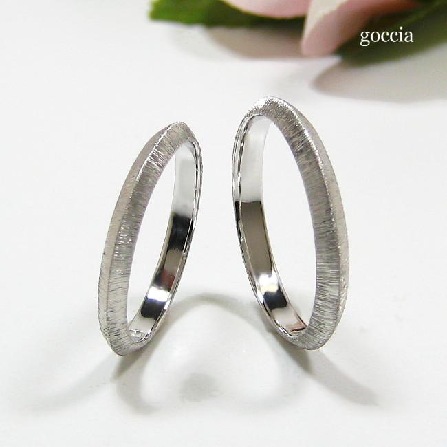 シンプルな結婚指輪・剣腕